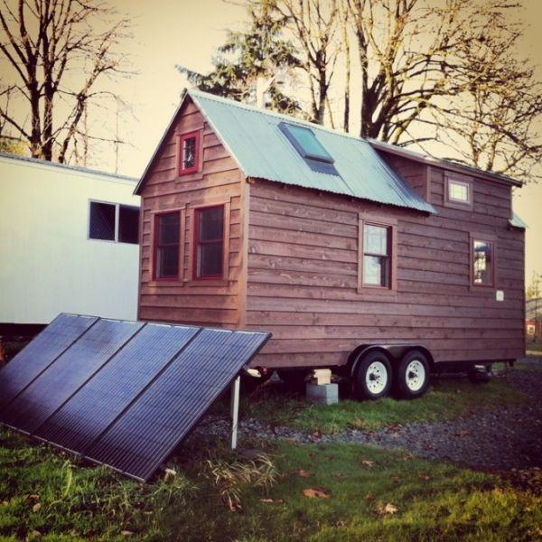 ngôi nhà cải tạo từ xe tải