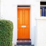 Màu sơn ấn tượng cho cửa nhà