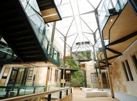 Điểm danh 5 công trình kiến trúc sử dụng lam chắn nắng đẹp và độc đáo6