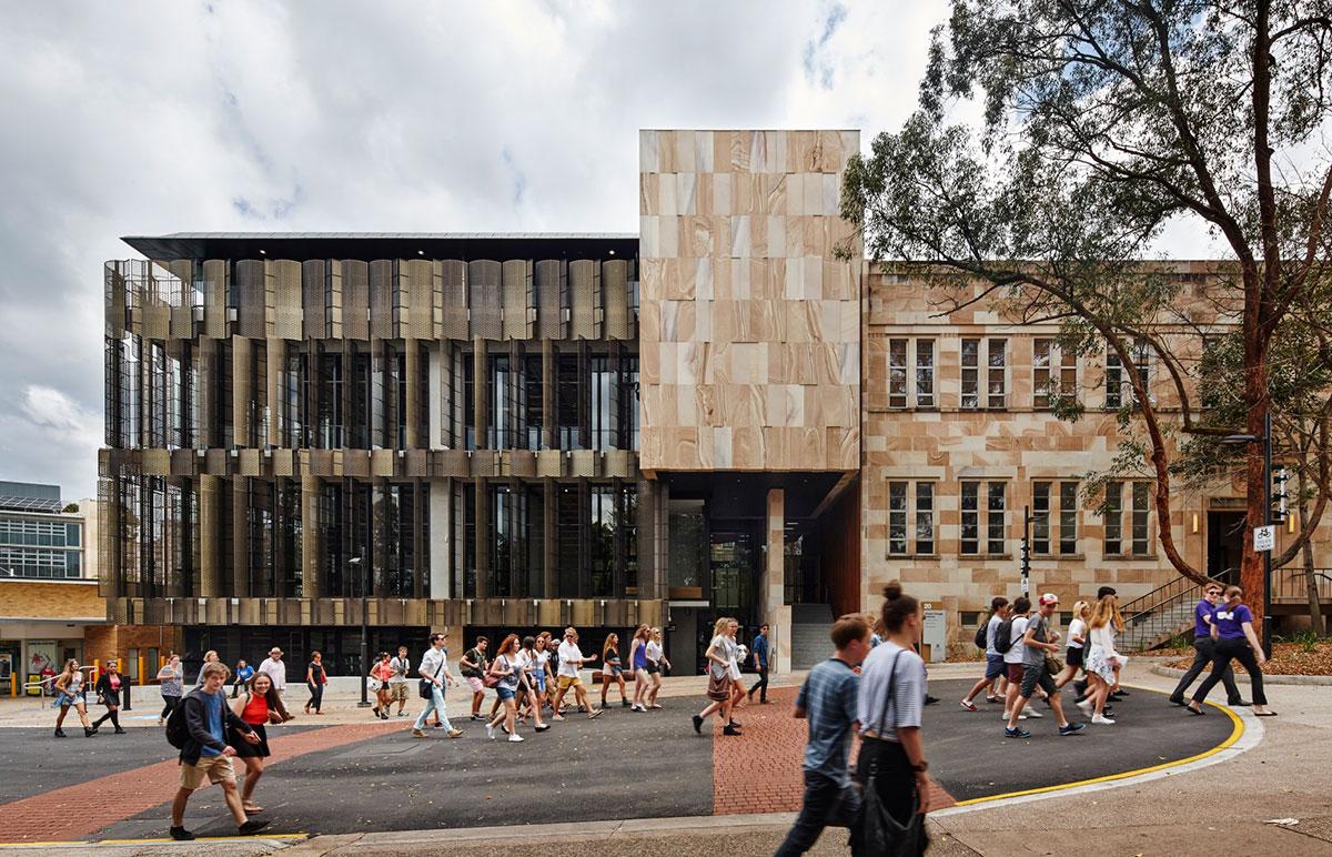 Điểm danh 5 công trình kiến trúc sử dụng lam chắn nắng đẹp và độc đáo7